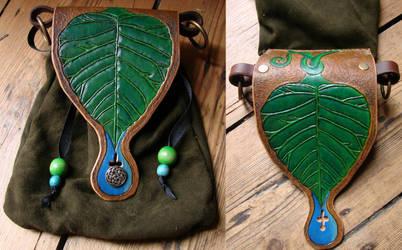 Leaf Bag by Archanejil