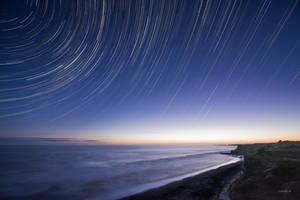 Twirling twirling twinklings! by lomatic