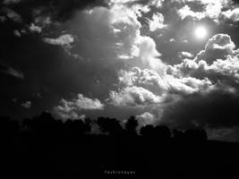 Dark lighting by fashioneyes