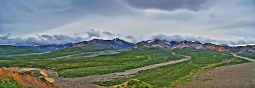 Denali Panorama by pacmangeek