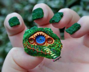 Hobbit-Hole (Nail Art) by KayleighOC