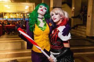 Harley Quinn and Fem Joker  cosplay by HydraEvil