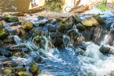 Mini Waterfall by sunDox