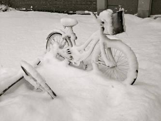 Snow Bike by midoriakaryu