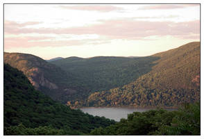 The Hudson Valley by shindakun