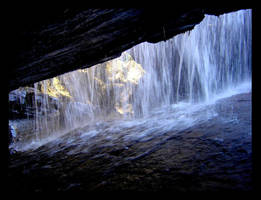 Waterfall by petsun