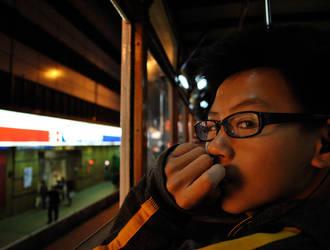 Night Tram by meakel
