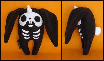 Black Skele-bunicorn by melkatsa