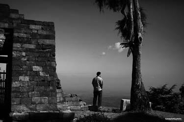 Silence by hamkahatta