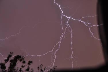 Lightning 1 by leonardousta