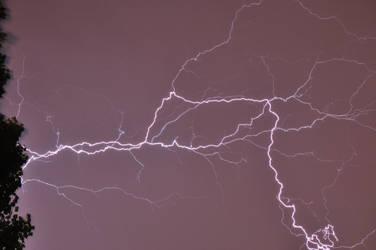 Lightning 2 by leonardousta