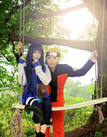 Naruto and Hinata swing by ducmu