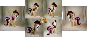 Roseluck plushie! by moggymawee