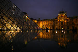 Musee du Louvre by matmoon