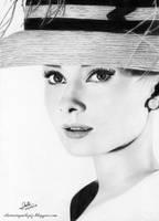 Audrey Hepburn by iSaBeL-MR