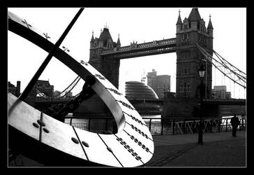 Sun Dial at Tower Bridge by paullomax