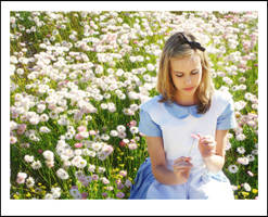Alice In Wonderland by luvieur