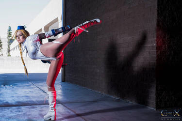 Street Fighter Cammy White Cosplay : KICK YO FACE by Khainsaw