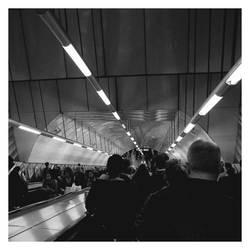 lonDown underground by Cash-89