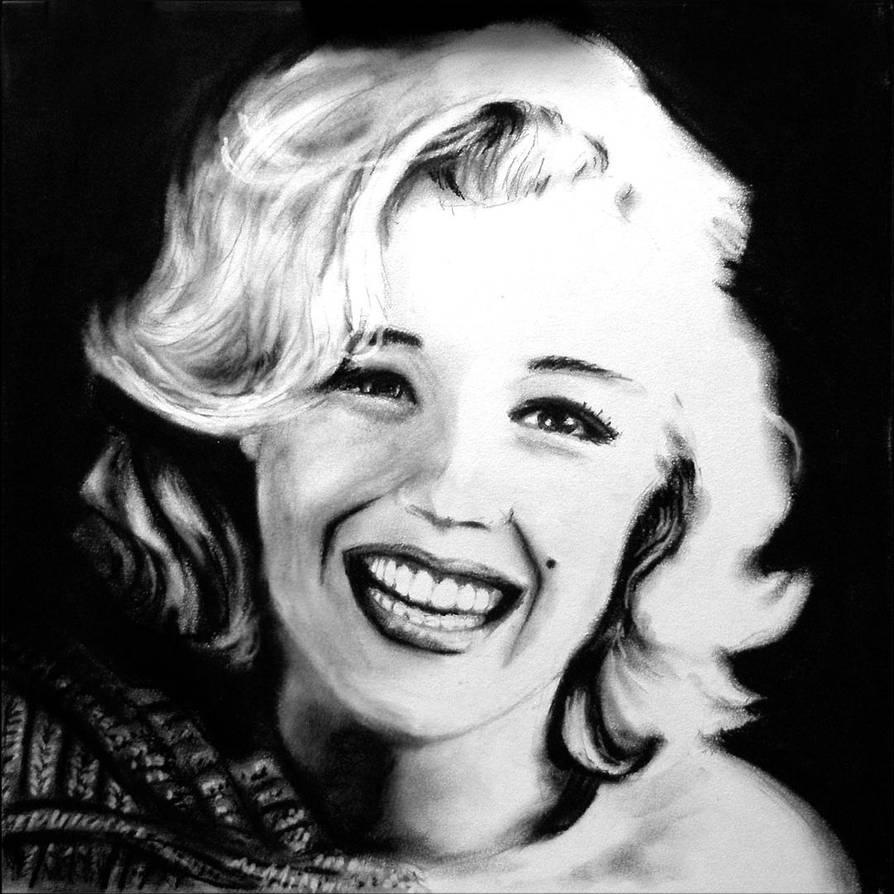 Selfie Video Marilyn Monroe naked photo 2017