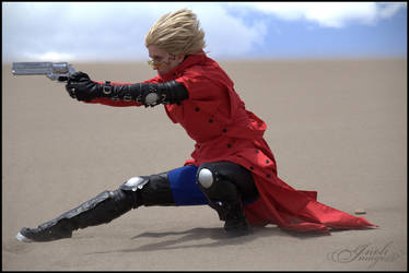 Sand Dunes: Vash the Stampede by InoliImages