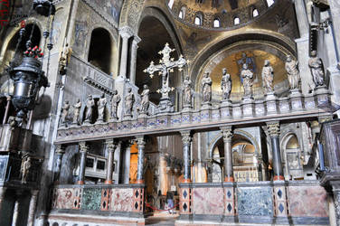 Saint Mark Basilika - Inside by lailalta