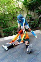 Cosplay: Don't forget to warm up by Junez-chan