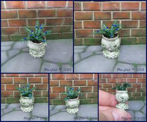 Magic Plant Miniature - 14 Kovec by Maylar