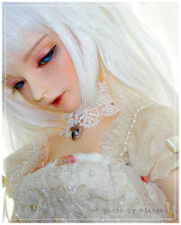 Dreaming Eyes by miakyou