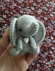 Amigurumi Elephant by Kizzydreaming9