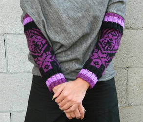 Hand knit arm warmers scandinavian knitting black by YANKA-arts-n-crafts
