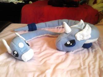 Dratini and Dragonair plushies by Mew-Mew-Rocky