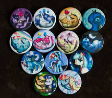 Buttons by Rodney5 by CreepyRiver