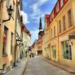 Tallinn old town streets by Pajunen