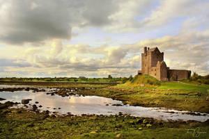 Dunguaire Castle Ireland by Pajunen