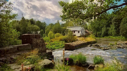 House by the river by Pajunen