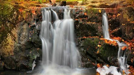 Autumn Waterfall by Pajunen