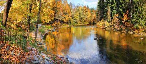 Autumn River by Pajunen