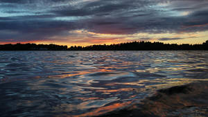 Sunset Waves by Pajunen