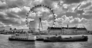 London by Pajunen