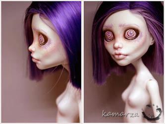 Miss Hypnotica OOAK Repaint 2 by kamarza