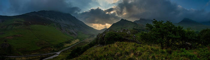 Morning in Snowdonia by Mentos18