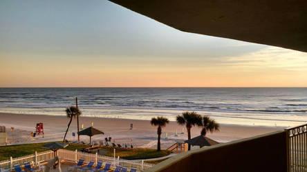 Sunrise on Palm Beach by Sonicboy234