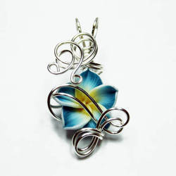 Wire Wrap Flower Pendant 9 by Create-A-Pendant
