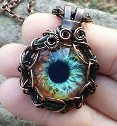 Wire Wrap Zombie Eye Pendant by Create-A-Pendant