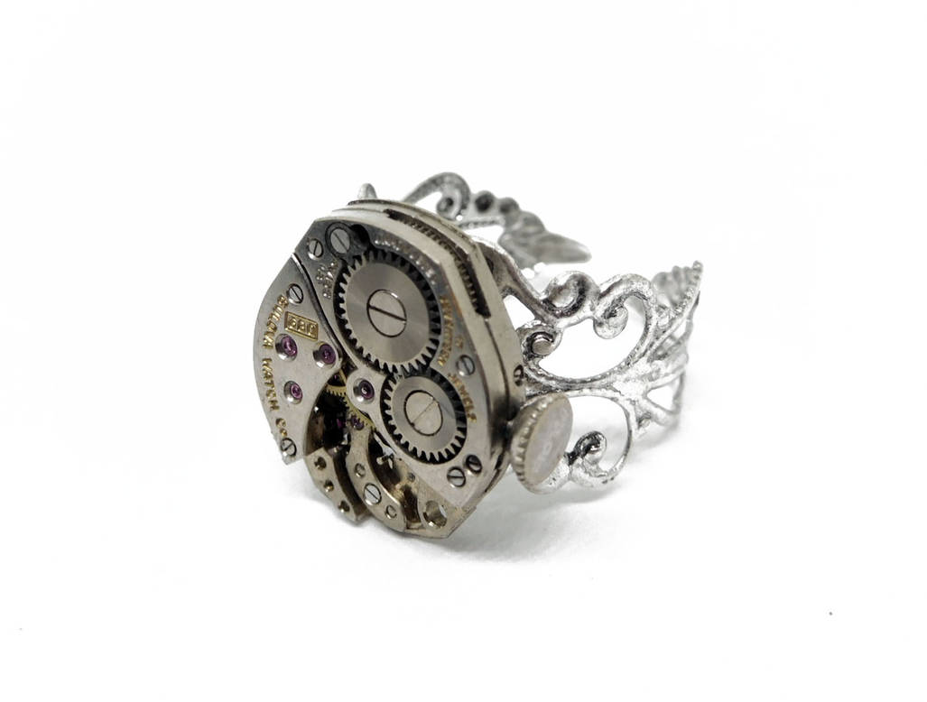 Adjustable Steampunk Ring by Create-A-Pendant