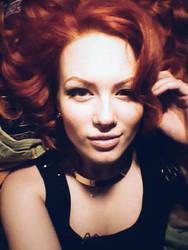 Lily'ish selfie by Evansa