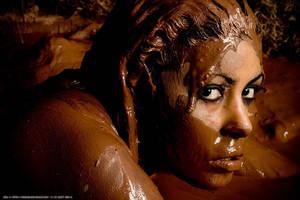 Mia, 'The Mud' s30 by IanStruckhoff