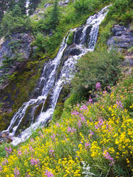 Crater Lake - Waterfall by Starna