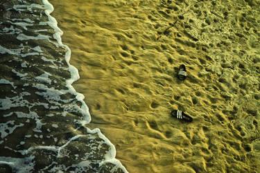 Leaving footprints by ImaginariumBlahnik